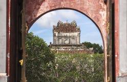 Tomba dell'imperatore Tu Duc nella tonalità, Vietnam immagine stock
