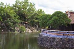 Tomba dell'imperatore Tu Duc nella tonalità, Vietnam immagini stock