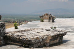 Tomba dell'oggetto d'antiquariato di Hierapolis in Pamukkale, Turchia fotografia stock