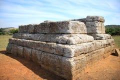 Tomba della Tazze Attiche,在Piombino,意大利附近的Populonia 免版税库存图片