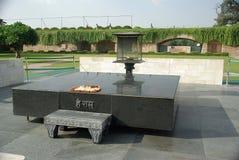 Tomba di Gandhi a Delhi, India Immagini Stock