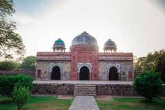 Tomba di Isa Khan a Delhi, India fotografie stock