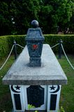 Tomba di presidente Yusof Ishak di Singapore al cimitero del cimitero dello stato di Kranji Fotografia Stock