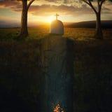 Tomba e fiamme fotografie stock