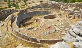 Tomba in Mycenae, Grecia fotografia stock