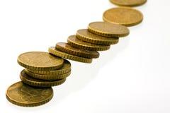 Tombant 50 euro pièces de monnaie de cent Photographie stock libre de droits