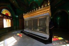 Tombe d'Ukeyma-khanum dans la mosquée de Bibi-Heybat images libres de droits