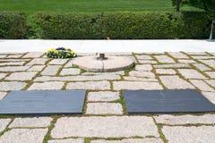 Tombe de JFK dans le cimetière national d'Arlington Images libres de droits