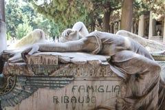 Tombe de la famille de Ribaudo, cimetière monumental de Gênes, Italie Images libres de droits