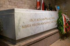 Tombe de la Pologne  du ?pr?sident de s, Lech Kaczynski, dans la crypte de la cath?drale de Wawel ? Cracovie photo libre de droits
