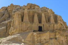 Tombe del taglio della roccia a PETRA Fotografia Stock Libera da Diritti