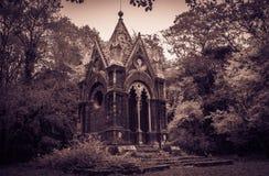 Tombe du marquis Cahen dans les bois de Sasseto, Latium Photographie stock libre de droits