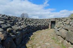 Tombe du ` s de roi de Kungagraven, site archéologique en Suède du sud images stock
