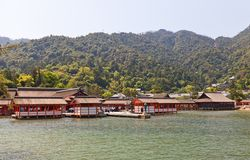 Tombeau d'Itsukushima Shinto (XVI C ), le Japon Site de l'UNESCO Photo stock