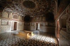 Tombeau intérieur de Taj de chéri Image libre de droits