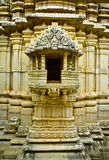 Tombeau Jain de temple de Ranakpur photo stock