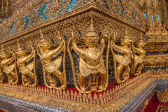 Tombeaux grands de Wat Phra Kaew de palais de Bangkok, Thaïlande Photo libre de droits