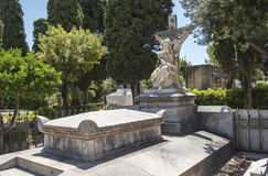 Tombes dans le cimetière, cimetière Photos libres de droits