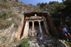 Tombes de roche dans Fethiye Image libre de droits