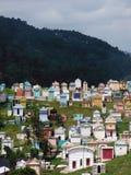 Tombes maya colorées par pastel dans Chichicastenango Photographie stock