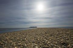 Tombolo du gravier à l'argent ponce la plage, Milford, le Connecticut Photos libres de droits