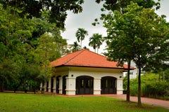 Tombolor inhyser på fortet som på burk i Singapore Arkivfoto