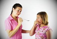 Tome su medicina de Spoon 3 imagen de archivo libre de regalías