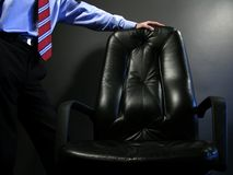 Tome um assento