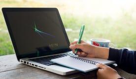 Tome um caderno com o cozimento dos portáteis Imagens de Stock