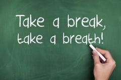 Tome uma ruptura tomam uma respiração