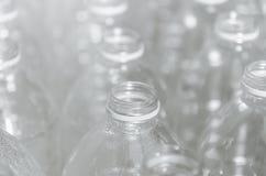 Tomglas för återanvänder, delta i en kampanj för att förminska bruket av plast- och räddningvärlden royaltyfria bilder