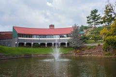 Tomlinson Park et Trivette Hall à ASU Photographie stock libre de droits