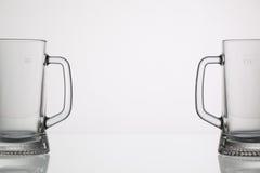 Tomma exponeringsglas av öl Fotografering för Bildbyråer