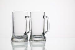 Tomma exponeringsglas av öl Royaltyfri Fotografi