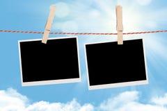 Tomma foto som hänger på klädstreck Fotografering för Bildbyråer