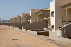 Tomma nya hus i Fuerteventura royaltyfria bilder
