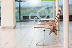 Tomma platser i avvikelsevardagsrum på flygplatsen royaltyfria bilder