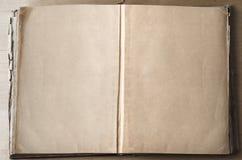 Tomma sidor, i öppnat, bokar arkivfoto