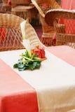 tomma tabeller för cafe Royaltyfri Foto