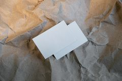 Tomma vita affärskort, mall för att brännmärka identitet arkivbilder
