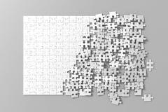 Tomma vita oavslutade pussel spelar modellen som tillsammans förbinder, Arkivbilder