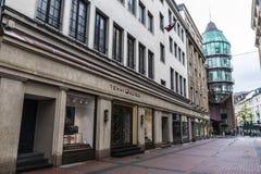 Tommy Hilfiger-Shop und Mall Schadow Arkaden in Dusseldorf, Mikrobe Lizenzfreie Stockfotografie