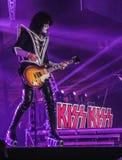 Tommy Thayer Lead Guitarist do beijo fotografia de stock royalty free