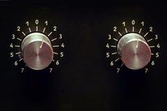 Tomowe gałeczki stary amp na czarnym tle obraz royalty free