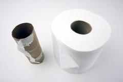 tomt fullt papper rullar toilette royaltyfri bild