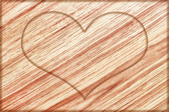 tomt hjärtatecken på träbräde Royaltyfri Fotografi