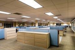 Tomt kontorsutrymme som är klart att uppta royaltyfri bild