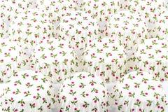 Tomt muffinfall på vit bakgrund Royaltyfria Bilder