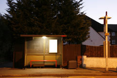 tomt nattstopp för buss Royaltyfri Foto