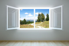 tomt nytt öppet lokalfönster Arkivfoton